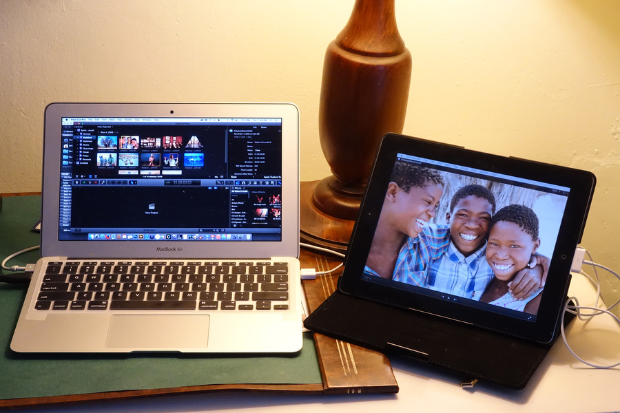 "An 11"" Macbook Air and an old first generation iPad becomes a nice little two monitor system for road warriors"